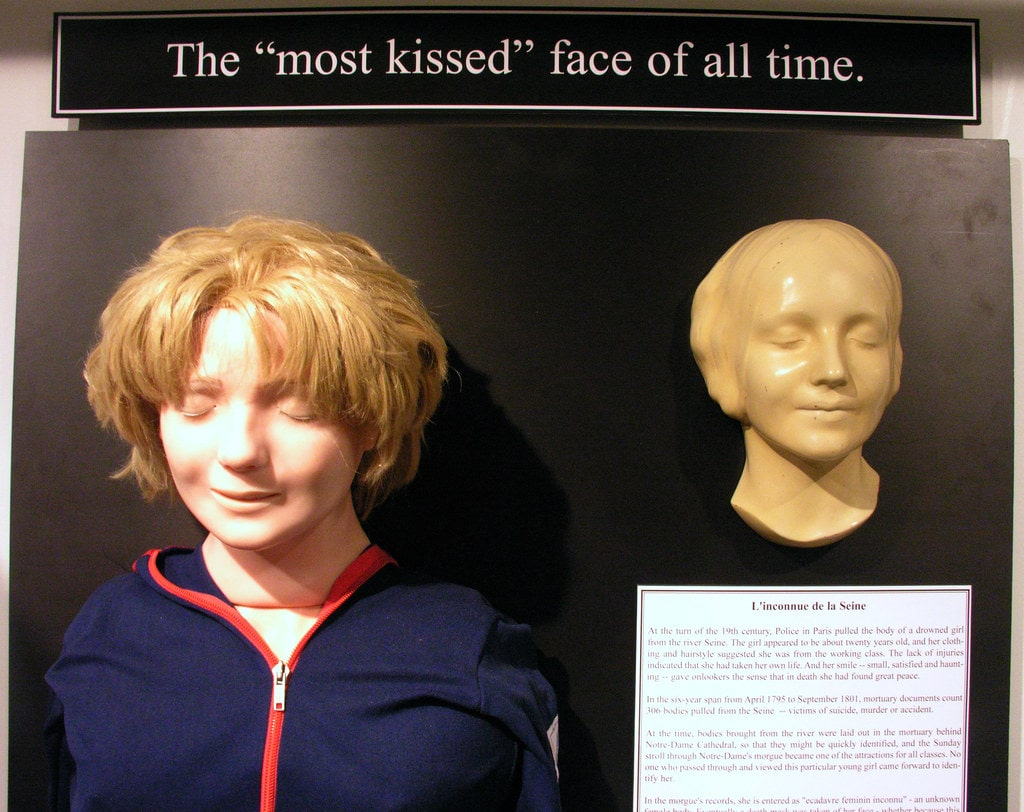 "A Girl's ""Death Mask"" From the 1800s Became the Face of CPR Dolls"